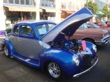 Classic Car line-up on Park Street