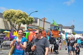 Downtown Alameda Park Street Art   Wine Faire