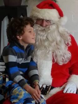 Santa visits Downtown Alameda
