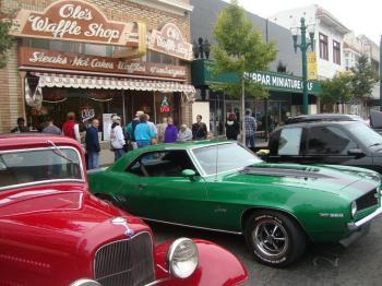 Downtown Alamedas Classic Car Show Revs Up For Family Fun - Car show downtown